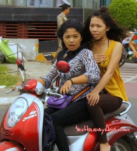 Sexy Khmer girls on the ride