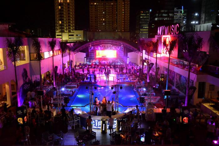 Palace Pool Club in Manila