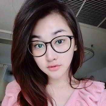 Bangkok Girl online