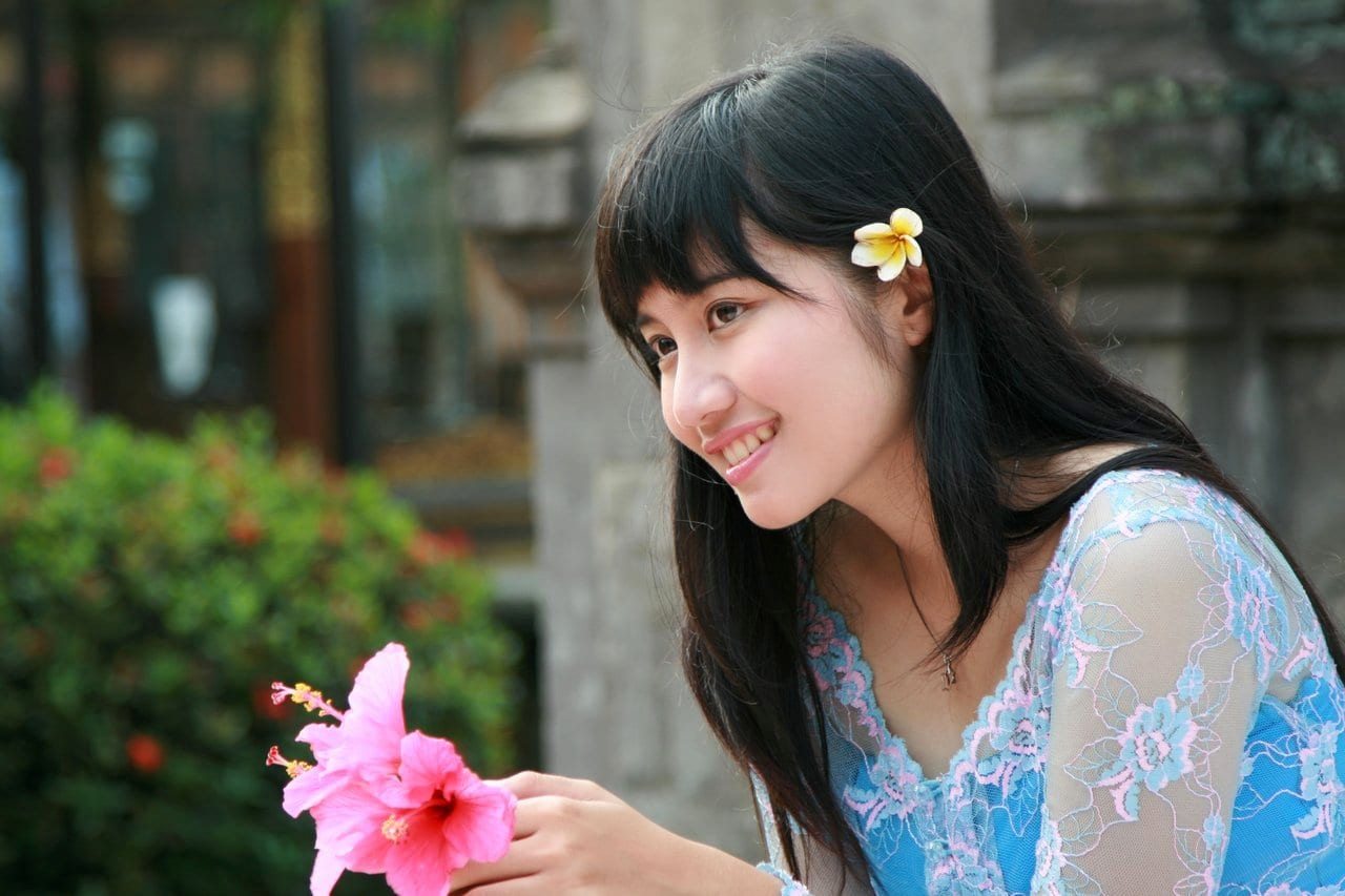 Beautiful girl on Indonesian dating sites