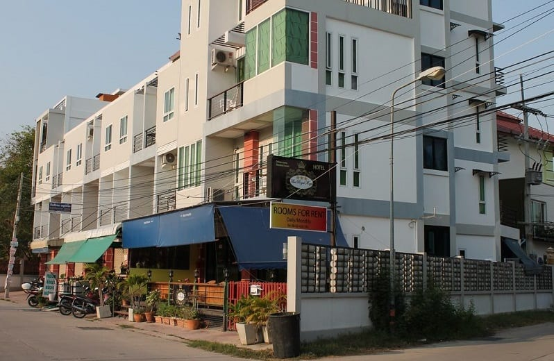 Thai Royal Magic Hotel girl friendly in Pattaya