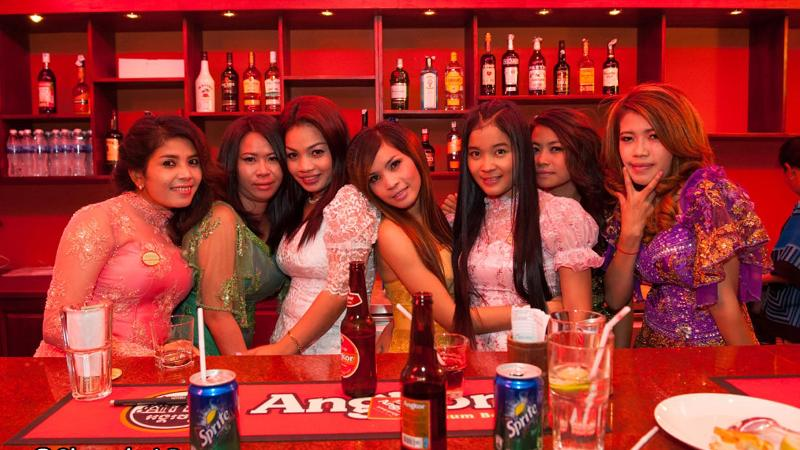 Cambodian bar girls in Phnom Penh