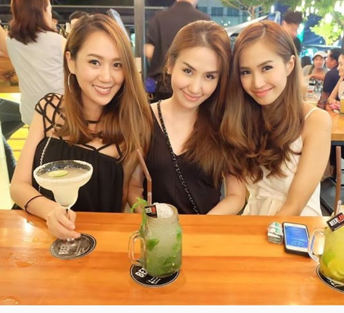 Chiang mai girls have white skin like chinese girls 3