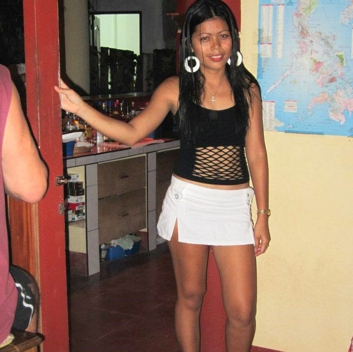 One4DARoad girl in bohol