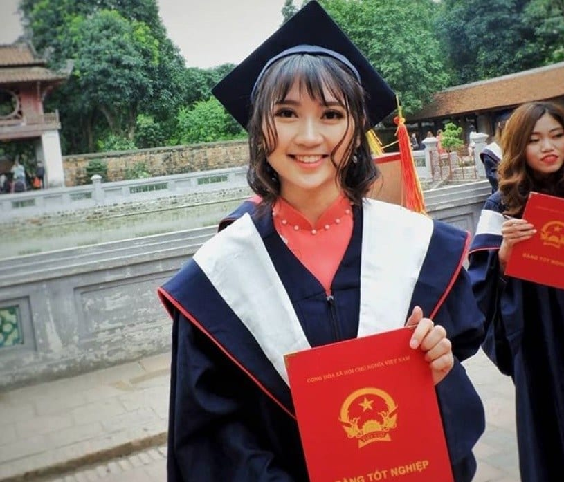 Vietnamese girl educated at the university