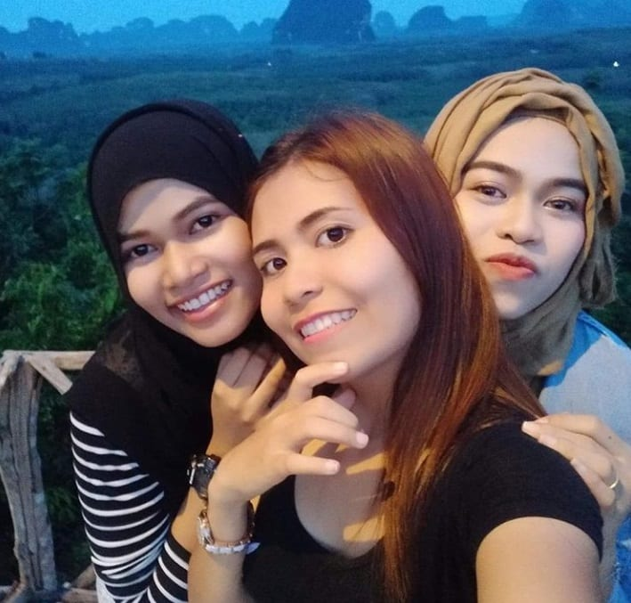 beautiful krabi girls