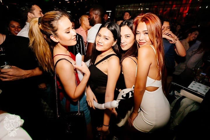 pick up girls in manila at night
