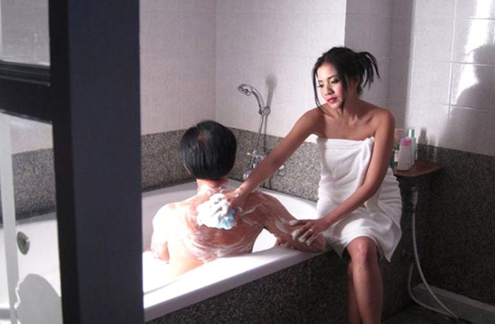 Isaan girls giving a soapy massage in Isaan