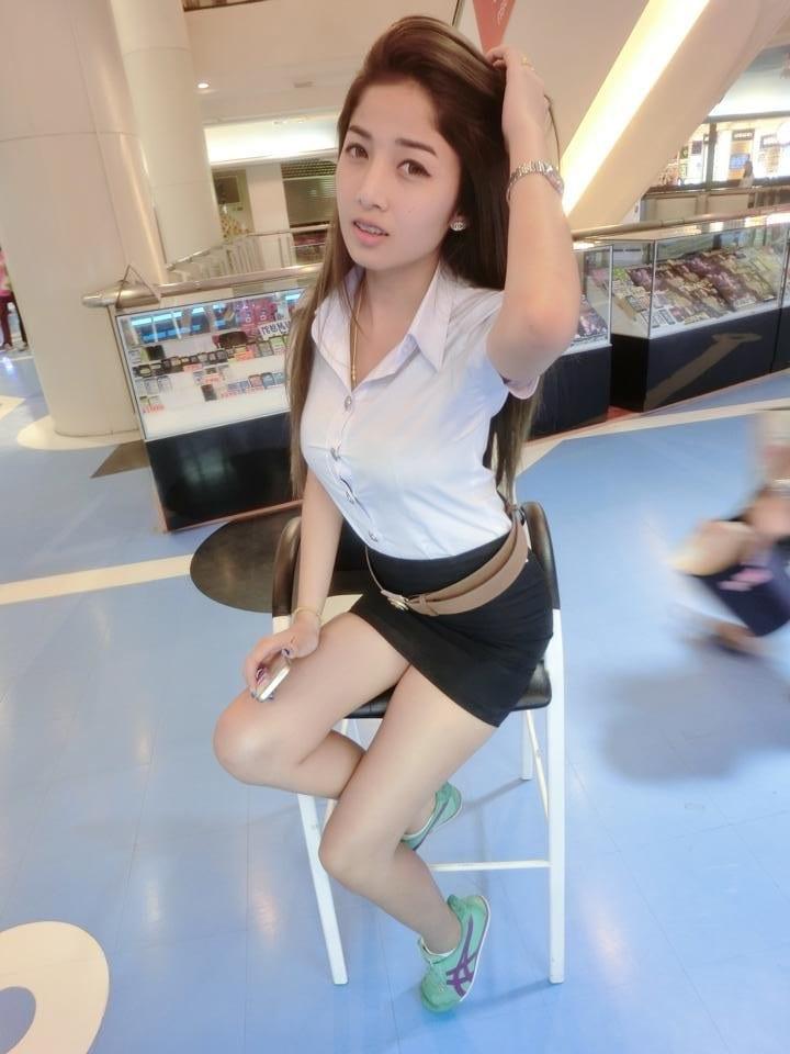 picking up chiang mai girl in university