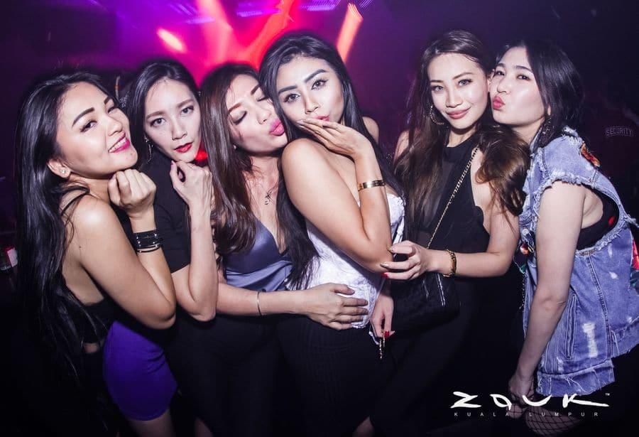 sexy girls in Kuala Lumpur at night