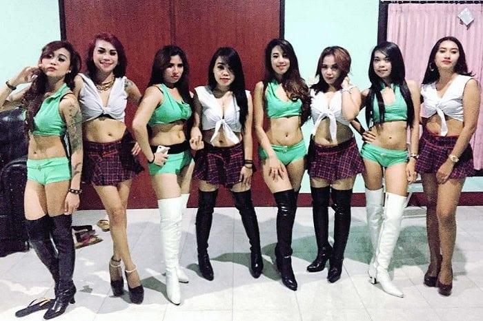 Sexy Lombok karaoke girls