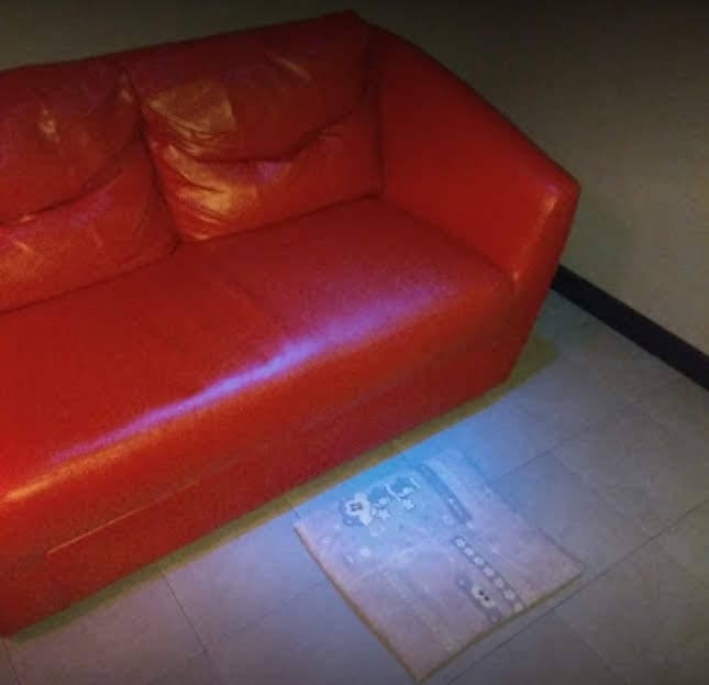 blow job couch in Bangkok bar