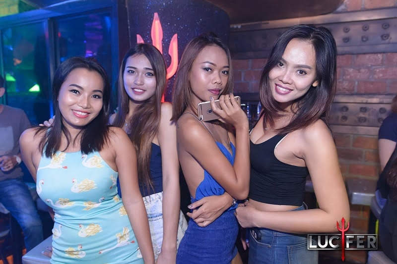 sexy girls clubbing in Pattaya