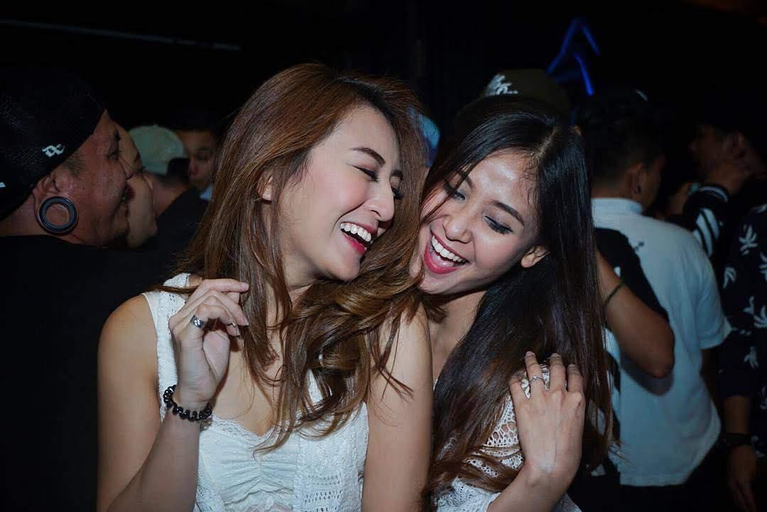 bali girls clubbing