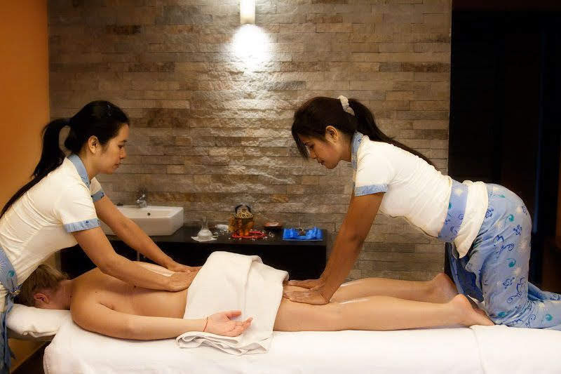 Happy-Ending-Massage-girls-Pattaya