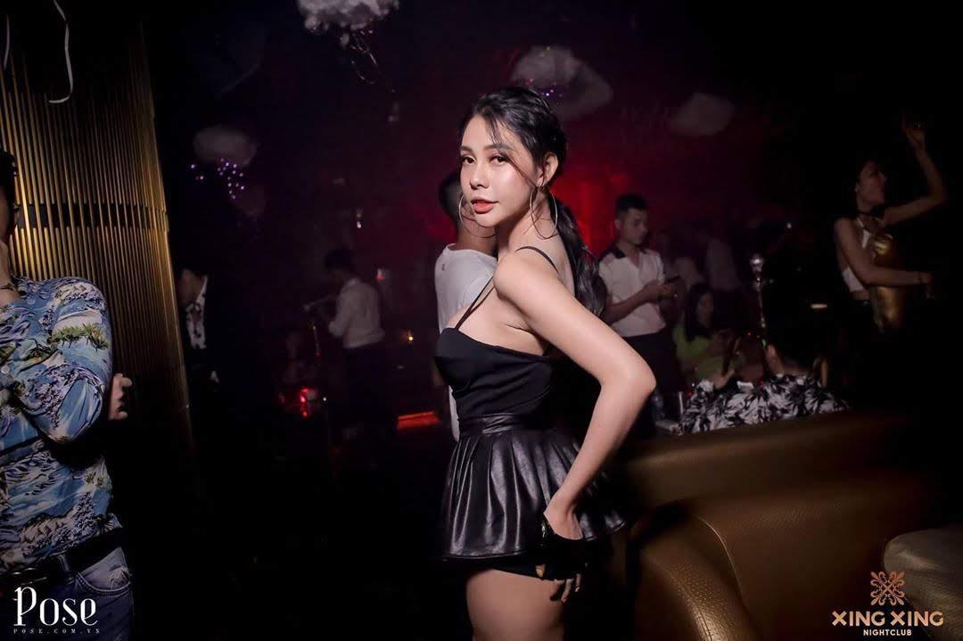 sexy saigon girl clubbing