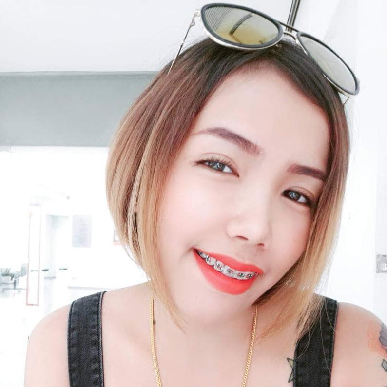 ao nang girl