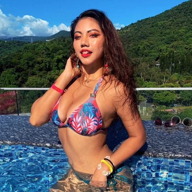 Boracay girlfriend for a week