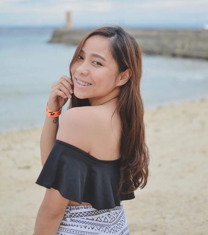 cebu girl in the beach