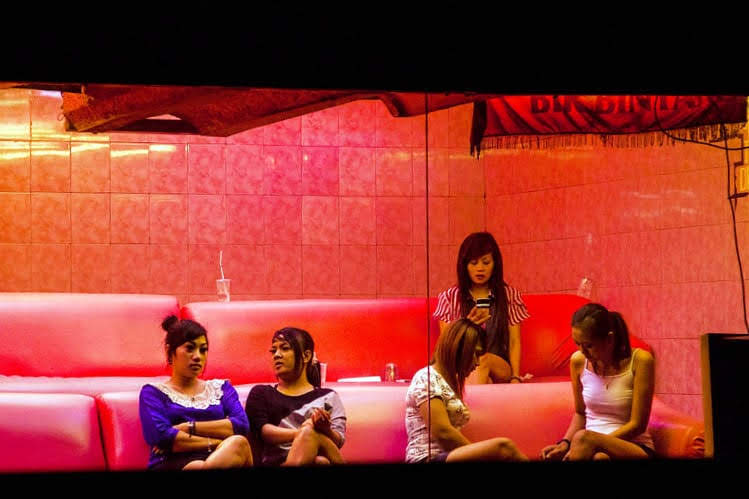 indonesian massage girls