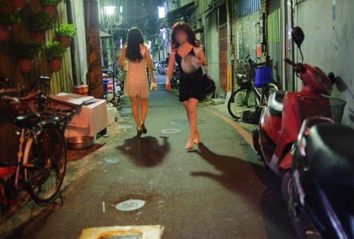 street prostitutes in linsen north road
