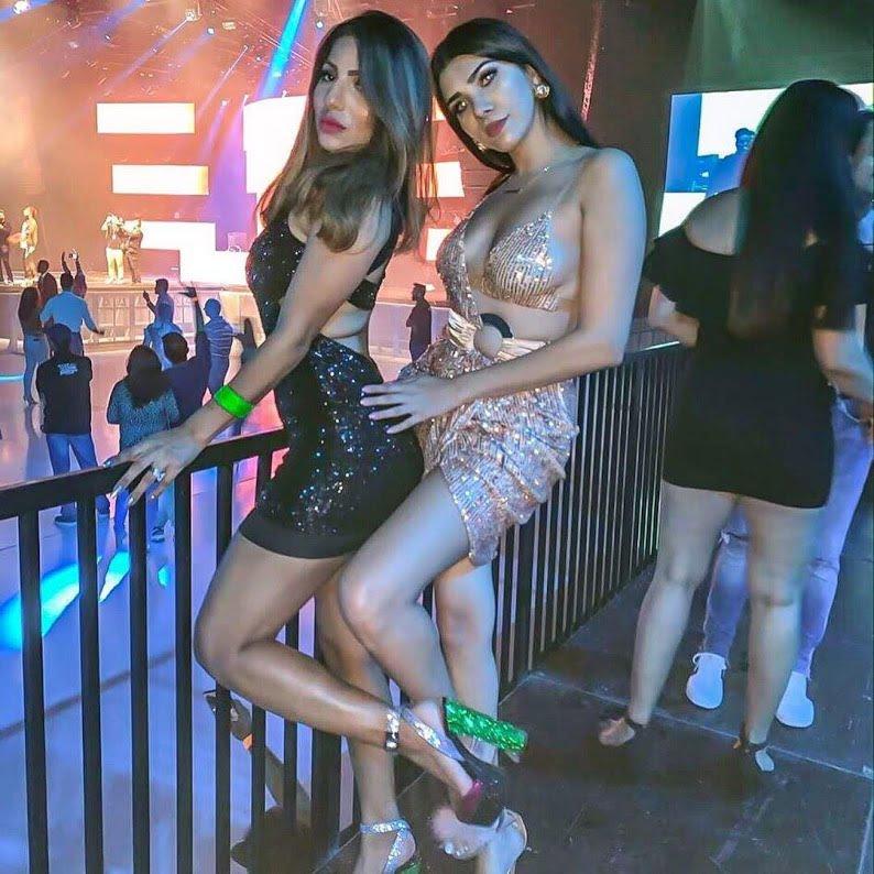 Dubai sex girls clubbing in disco
