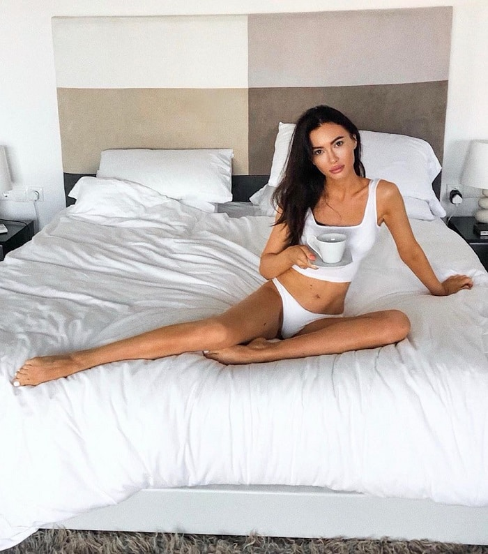 Russian girlfriend in my bedroom in Moscow
