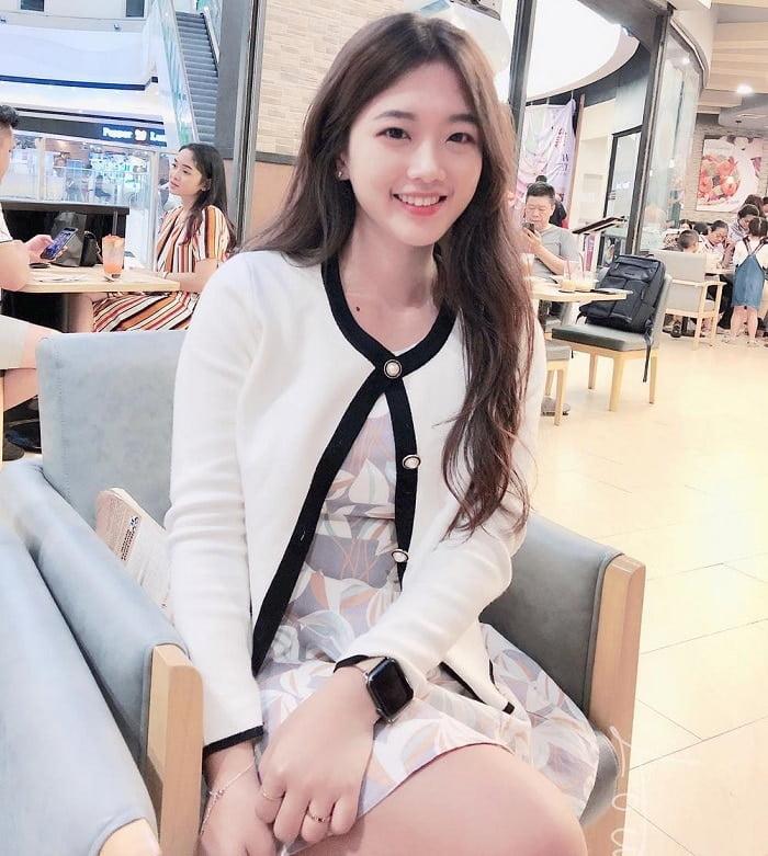 sideline girl in Taiwan