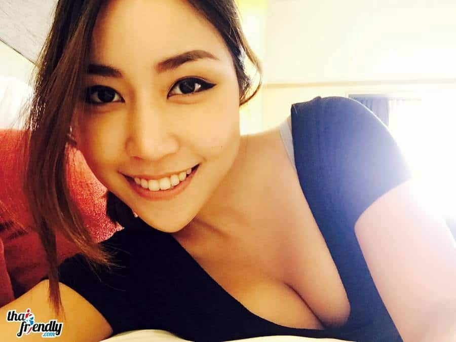 Thai Friendly girl
